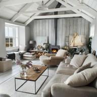 05-coastal-chic-attic-living-room