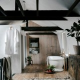 Chan-and-Eayrs-Wilkes-Street-home-tour-bathroom-wabi-sabi-elegance-819x1024